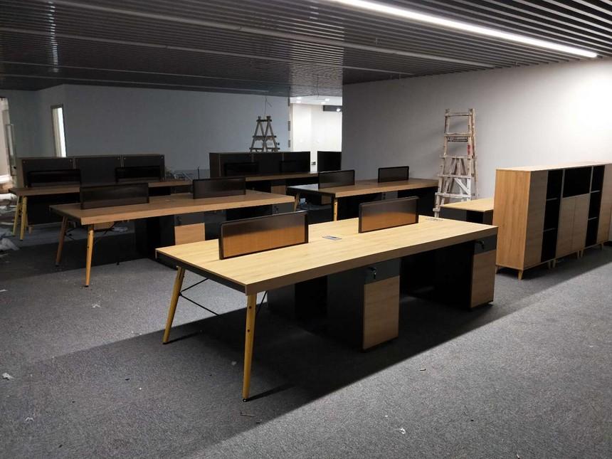 上海办公家具定制,可根据不同岗位进行办公桌椅设计