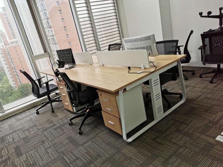 选择组合办公桌需要注意哪些问题?